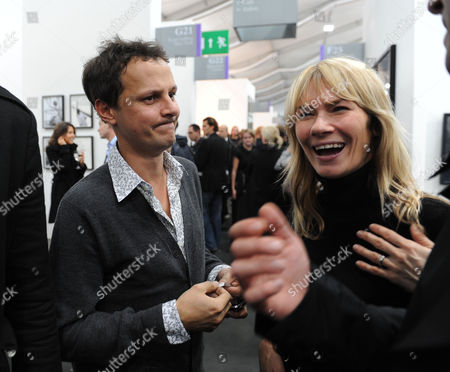Private View of the Frieze Art Fair at Regents Park Jonathan Yeo and Jacqui Hamilton-smith