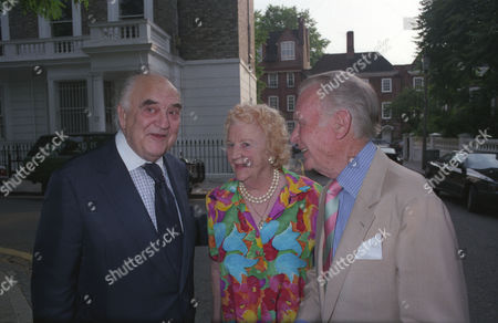Annual Garden Party in Carlyle Square Lord Weidenfeld with John and Mary Mills
