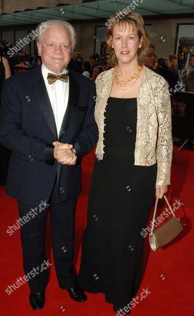 The 2006 British Academy Television Awards (bafta) at the Grosvenor House Hotel David Jason and Gill Hinchcliffe