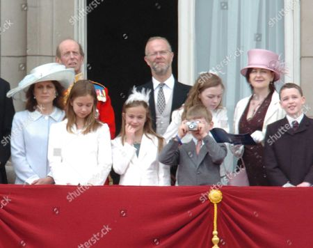 Editorial picture of Trooping - 11 Jun 2005