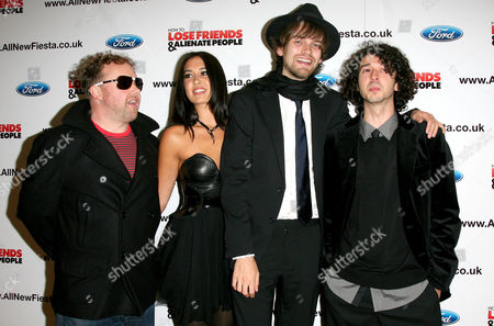 24 09 2008 World Premiere of 'How to Lose Friends and Alienate People' at the Empire Leicester Square Guillemots - Fyfe Dangerfield Mc Lord Magrao Aristazabal Hawkes Greig Stewart