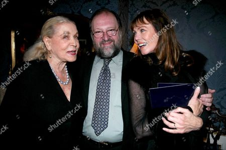 1st Night of 'The Last Confession' at the Theatre Royal Haymarket London Lauren Bacall Duncan C Weldon and Anne Sidney