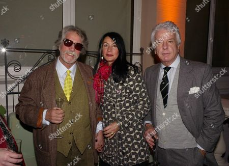 Elle Decoration Awards at the Wallace Collection Hertford House Justin De Villeneuve with His Wife Sue and Nicky Haslam