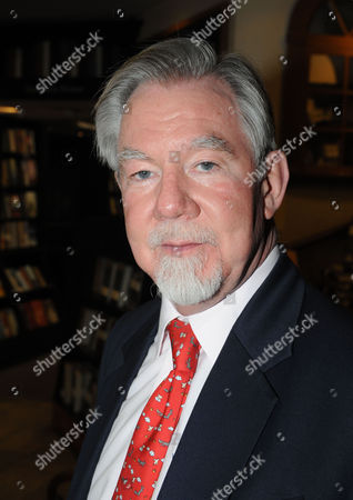 Stock Picture of Hatchards Authors of the Year Party at Their Shop in Piccadilly London Richard the 7th Earl of Bradford