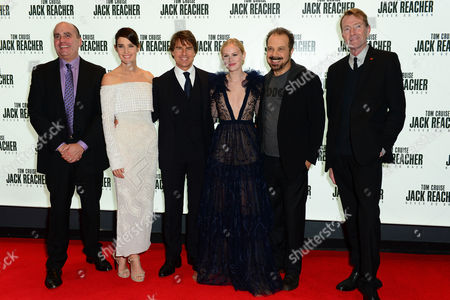 London, England 20th October 2016: Don Granger, Cobie Smulders, Tom Cruise, Danika Yarosh, Edward Zwick and Author Lee Child at the 'jack Reacher: Never Go Back' European Premiere at the Cineworld Leicester Square in London, England On the 20th October 2016.