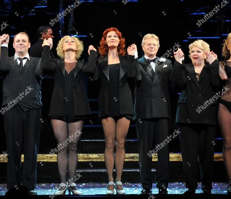 Jerry Springer Takes Over the Role of Billy Flynn in Chicago at the Cambridge Theatre 7 Dials Curtain Call - Aoife Mulholland Leigh Zimmerman Jerry Springer and Di Botcher