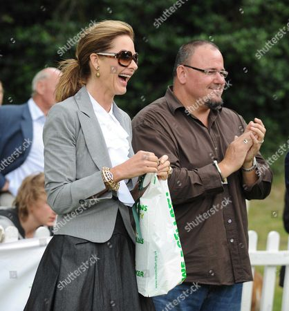 Macmillan Dog Day at the Royal Hospital Chelsea London Stephen Marcus and Trinny Woodall