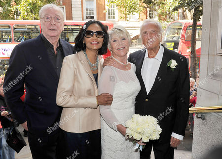 Wedding of Michael Winner to Geraldine Lynton-edwards at Chelsea Registry Office the Bride and Groom After the Service with Michael and Shakira Caine