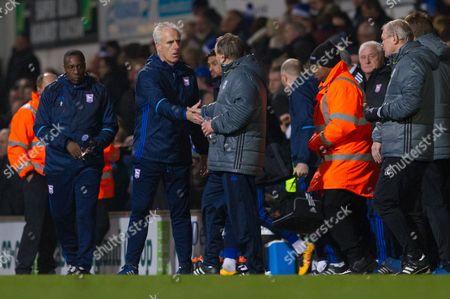 Mick McCarthy shakes Neil Warnocks hand - Ipswich Town v Cardiff