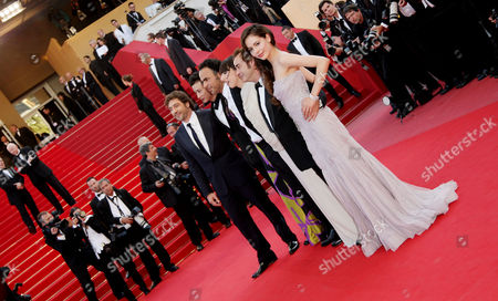 'Biutiful' Red Carpet at the Festival De Palais During the 63rd Cannes Film Festival Eduard Fernandez Maricel Alvarez Alejandro Gonzalez Inarritu Javier Bardem Diaryatou Daff and Martina Garcia