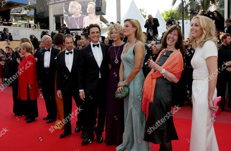 'Biutiful' Red Carpet at the Festival De Palais During the 63rd Cannes Film Festival Lawrence Bender Meg Ryan Diane Weyermann Director Lucy Walker and Valerie Plame Wilson