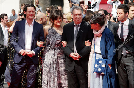 'Tamara Drewe' Red Carpet at the Festival De Palais During the 63rd Cannes Film Festival Luke Evans Lola Frears Stephen Frears with His Wife Anne Rothenstein and Dominic Cooper