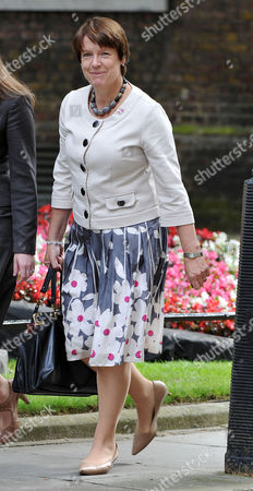 Cabinet Meeting at Number 10 Downing Street Westminster Rt Hon Caroline Spelman Mp Secretary of StateÊfor Environment Food and Rural Affairs