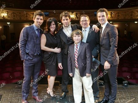 Cast Change First Night of 'Les Miserables' at the Queen's Theatre Shaftesbury Avenue Backstage After the Performance Nick Jonas (marius) with His Brothers Joe Jonas and Kevin Jonas and Their Parents Denise and Paul Kevin Sr Jonas and Younger Brother Frankie Jonas