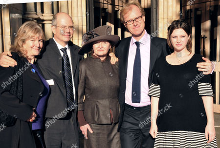 Celebration of Life at Southwark Cathedral John Mortimer's Widow Penny Mortimer (c) with 4 of His Children Sally Silverman Jeremy Mortimer Ross Bentley and Rosie Mortimer