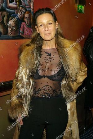 Gala Screening of '27 Dresses' Gala Screening at the Apollo Cinema Lower Regent Stre Cindy Lass