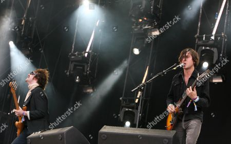 Second Day of the 02 Wireless Festival at Hyde Park Dirty Pretty Things - Carl Barat and Didz Hammond