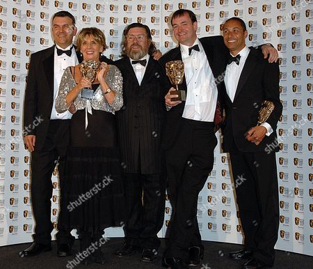 2007 Bafta Television Awards Press Room at the London Palladium Best Situation Comedy - the Royale Family Sue Johnston Ricky Tomlinson and Craig Cash with Phil Mealy and John Rushton