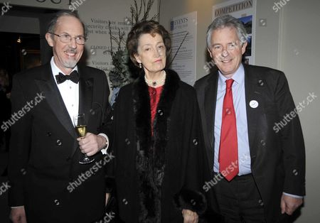 the Bada Antiques and Fine Art Fair Vip Gala Evening Duke of York's Square Chelsea Lady Susan Hussey with Her Brothers (l) James Waldegrave 13th Earl Waldegrave and (r) William Arthur Waldegrave Baron Waldegrave of North Hill