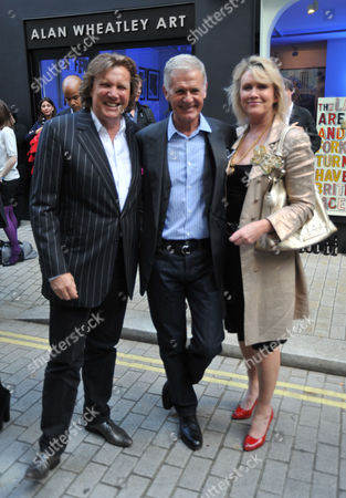 Tracey Emin Private View of 'Those Who Suffer Love' at the White Cube Gallery St James London Theo Fennell Tony King Louise Fennell