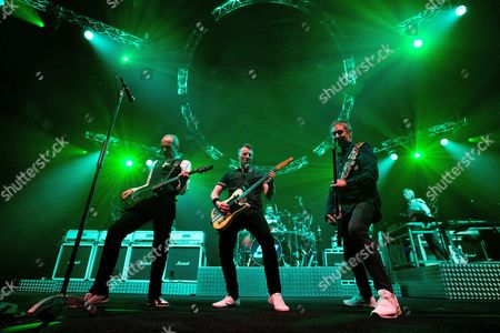 Stock Image of Francis Rossi, John Rhino Edwards, Richie Malone, Leon Cave and Andy Bown - Status Quo Live - Last of the Electrics Tour