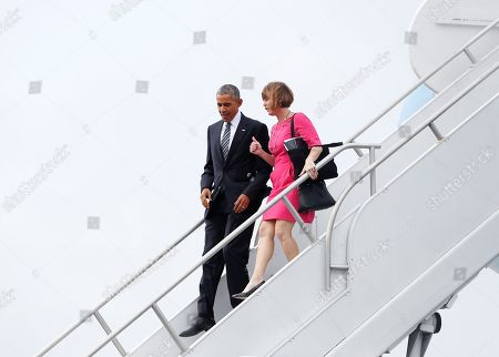 Barack Obama, Kathy Castor President Barack Obama and Rep. Kathy Castor, D-Fla., arrive on Air Force One at Tampa International Airport in Tampa, Fla., en route to MacDill Air Force Base to meet with service members, and uniformed members of the U.S. Special Operations Command and U.S. Central Command. The president is also schedule to speak about the administration's approach to counterterrorism campaign