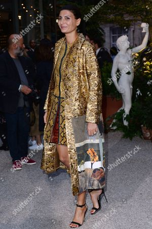 London, England 19th September 2016: Giovanna Engelbert at the Burberry Prorsum - Catwalk Show, During London Fashion Week S/s 2017 in London, England On the 19th September 2016.