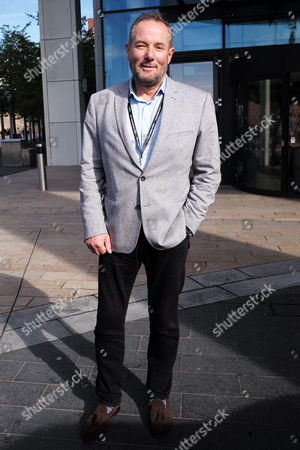 Stock Picture of Liverpool, UK, 27th September 2016: Derek Hatton Leaves the Hilton Hotel After Having Lunch with Len Mccluskey in Liverpool On the 27th September 2016.