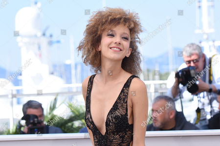 Cannes France 15th May 2016: Mili Eshet at the 'beyond the Mountains and Hills' Photo-call During the 69th Annual Cannes Film Festival at the Palais Des Festivals On the 15th May 2016 in Cannes, France.