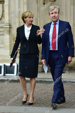 London UK 27th Sept 2016: Sue Lawley with Her Husband Hugh Williams at the Memorial Service for Terry Wogan at Westminster Abbey, London. September 27, 2016 London UK