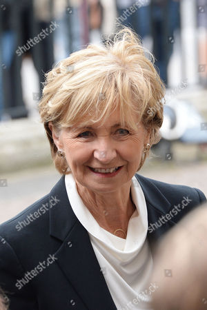 London UK 27th Sept 2016: Sue Lawley at the Memorial Service for Terry Wogan at Westminster Abbey, London. September 27, 2016 London UK