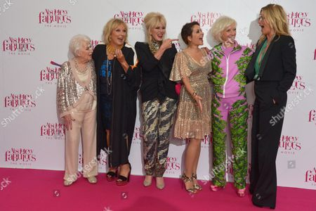 London, England, 29th June 2016: June Whitfield, Jennifer Saunders, Joanna Lumley, Julia Sawalha, Jane Horrocks and Kate Moss at the 'Absolutely Fabulous: the Movie' World Premiere at Odeon Cinema in Leicester Square, London On the 29th June 2016.