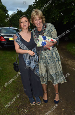 London UK 21st June 2016: Annabel Elliot with Her Niece Ayesha Shand at Lady Annabel Goldsmith's Summer Party Ham Gate Richmond Park Twickenham London 21st June 2016