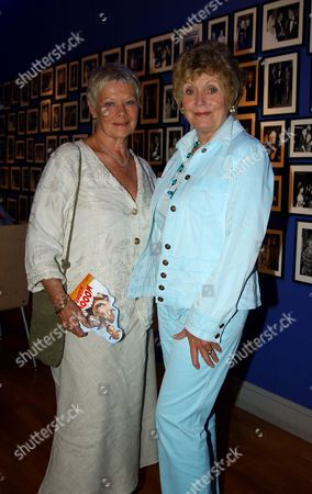 Uk Premiere of 'Home On the Range' in Aid of 'The Roy Kinnear Foundation' at the Odeon Westend Dame Judi Dench with Roy Kinnear's Widow Carmel