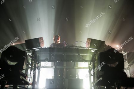The Chemical Brothers - Tom Rowlands