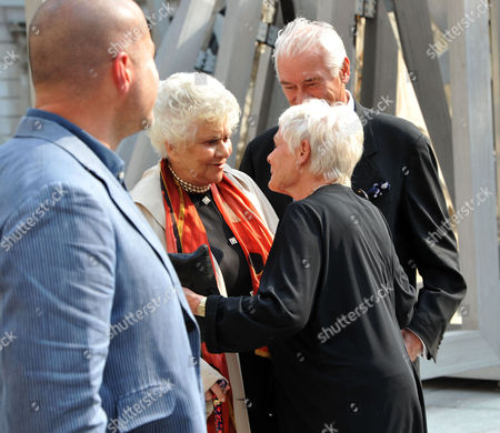 A Jubilee Celebration of the Arts at the Royal Academy of Arts Piccadilly London Sir Jonathan Ive Dame Joan Plowright Dame Judi Dench