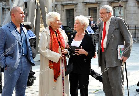 A Jubilee Celebration of the Arts at the Royal Academy of Arts Piccadilly London Sir Jonathan Ive Dame Joan Plowright Dame Judi Dench & David Hockney