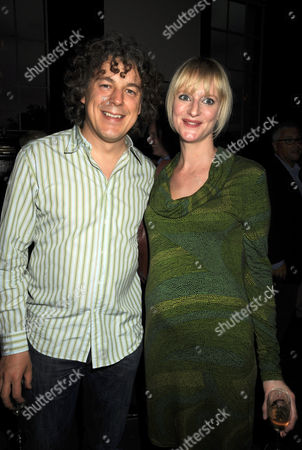 Stock Image of First Night Party For 'The Shawshank Redemption' at the Cafe National Gallery Alan Davies with His Wife Katie Maskell