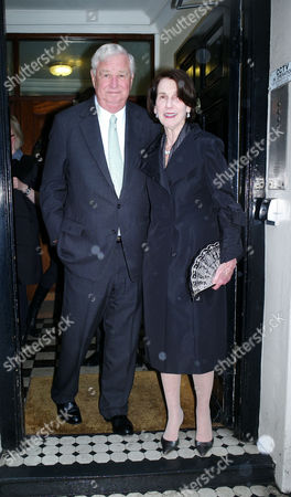 Francis Osborne Book Launch of Her New Novel Park Lane at Heywood Hill Ltd Curzon Street Mayfair London the American Ambassador Louis B Susman with His Wife Marjorie