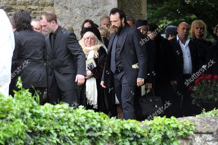 Funeral of Robin Gibb at St Marys Church Thame Oxfordshire Dwina Murphy Gibb & Stevie Gibb