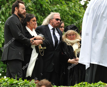 Funeral of Robin Gibb at St Marys Church Thame Oxfordshire Stevie Gibb Linda Gibb Barry Gibb Dwina Murphy Gibb