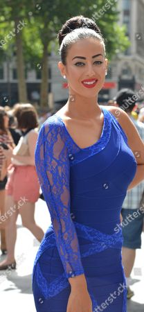 Stock Image of Global Smurfs Premiere Day the Vue Cinema Leicester Square Westminster London Simon Webbe's Girlfriend Maria Koukas