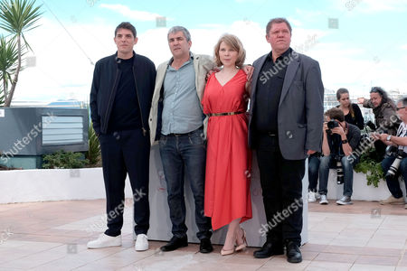 Cannes France 12th May 2016: Damien Bonnard, Director Alain Guiraudie, India Hair and Raphael Thiery at the Rester Vertical (staying Vertical) Photocall As Part of the 2016 Cannes Film Festival in Cannes, France On the 12th May 2016.