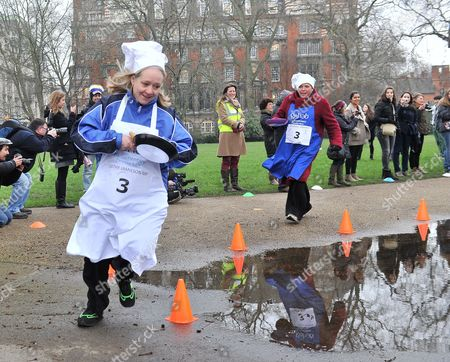 Shrove Tuesday Charity Pancake Race with Mps and Lords Joined by Media in A Race to the Finish in Aid of Rehab Kathy Jamieson Mp & Baroness Kramer