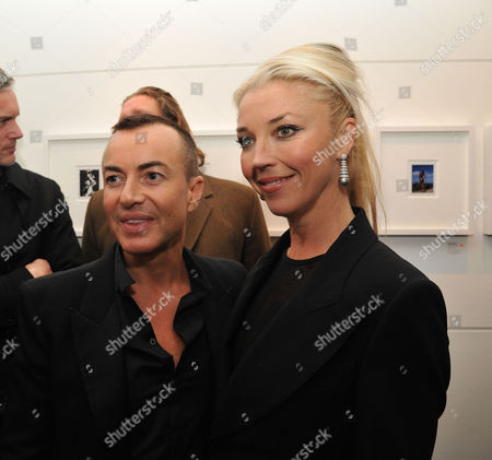 Lisa Snowdon & Laurie Wickwire of the Berkeley Diamond Group in Association with Tamara Beckwith & Ghislain Pascal of the Little Black Gallery Host the Closing Party of Bruno Bisang: 30 Years of Polaroids at the Little Black Gallery Park Walk Fulham London Julian Mcdonald & Tamara Beckwith
