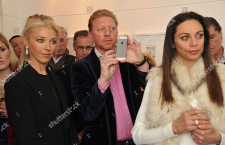 Lisa Snowdon & Laurie Wickwire of the Berkeley Diamond Group in Association with Tamara Beckwith & Ghislain Pascal of the Little Black Gallery Host the Closing Party of Bruno Bisang: 30 Years of Polaroids at the Little Black Gallery Park Walk Fulham London Tamara Beckwith Boris Becker & Lily Becker