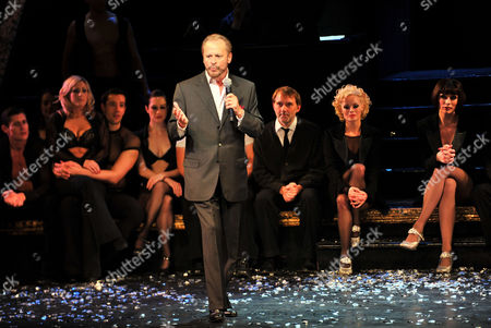 The Final Performance of Chicago After 15 Years On the London Stage at the Garrick Theatre Charing Cross Road London and After Party at the National Portrait Gallery Cafe Tony Timberlake As Amos Hart Rachel Mcdowall As Velma Kelly Sarah Soetaert As Roxie Hart Robin Cousins As Billy Flynn and Jasna Ivir As Marton ' Mama' Morton Listen As Barry Weissler the Producer Gives A Closing Speech