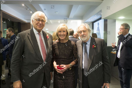 The Launch of Terence Donovan Fashion at the Photographers Gallery Ramillies Street London Sir Evelyn De Rothschild with Lord David and Lady Patsy Puttnam