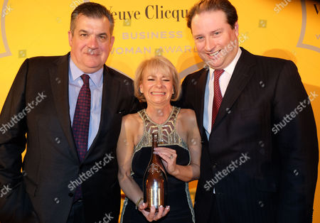 Veuve Clicquot Business Woman Award at Claridge's Ballroom This Years Winner Harriet Green with Jean-marc Lacave Managing Director of Moet Hennessey Uk Jo Thornton