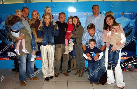 Uk Premiere of Disney/pixar's 'Finding Nemo' at the Odeon Leicester Square London Uk English Rugby Team Members with Their Familys Lawrence Dallaglio Neil Back Jason Leonard & Ben Kay